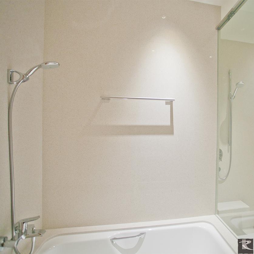 誠品居所衛浴牆使用羅馬崗石人造石蒂雅系列