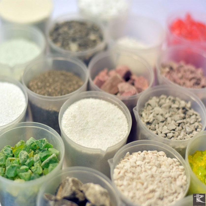 羅馬崗石人造石比天然人易保養,有多種顏色供指定並可客製創意。