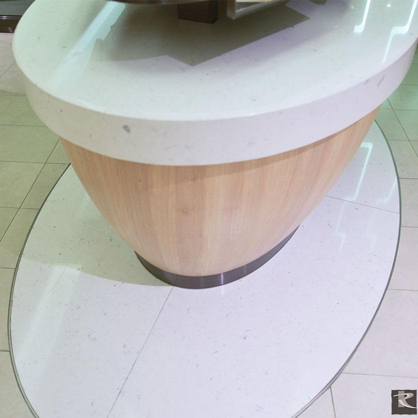 羅馬崗石人造石巴克斯系列應用在台北中國信託銀行總部所有樓層的POWDER ROOM檯面