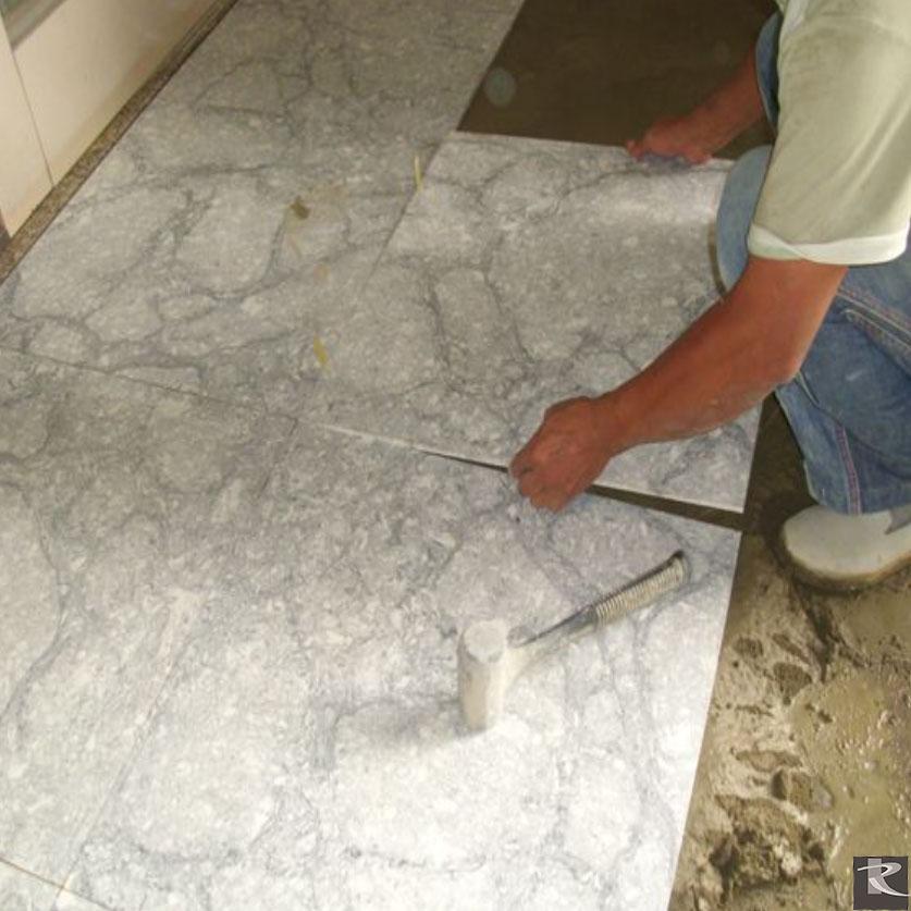 鋪貼注意  人造石鋪貼時要注意留縫一致
