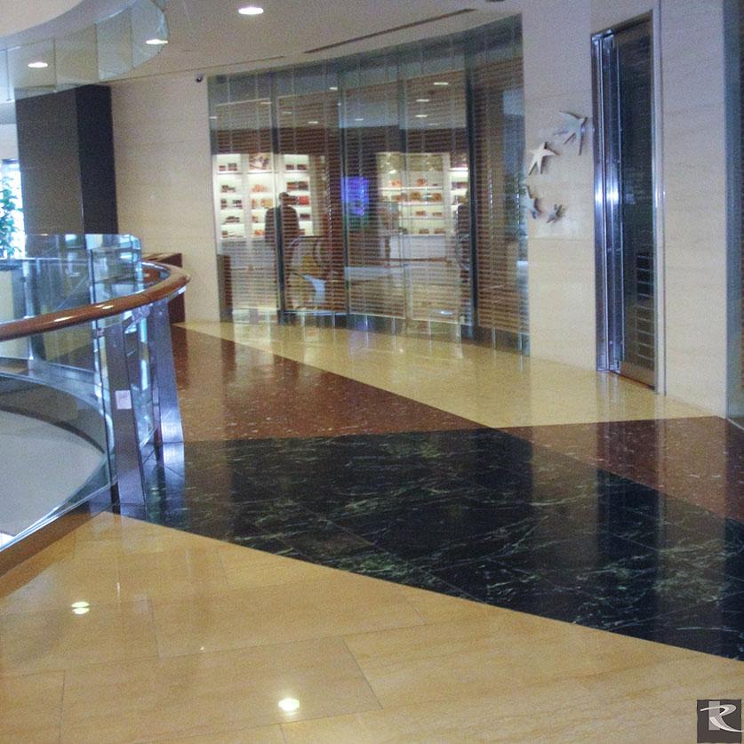 上海環球金融中心使用的是來自台灣羅馬崗石人造石迪奧系列的建材精品